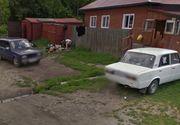 Google Street View i-a dat de gol! S-au facut de ras in toata lumea, fara sa stie. Cum a fost surprinsa aceasta familie de rusi, ziua in amiaza mare