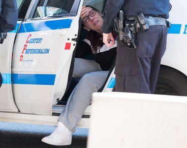 Clipe de groaza pentru o femeie, dupa ce masina in care se afla fiul ei de 3 luni a...