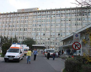 Alba: Un batran de 70 de ani a fost uitat pe holurile spitalului dupa analize, desi era...