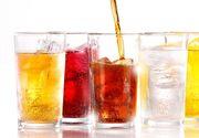 Sigur bei si tu astfel de bauturi. Sunt o adevarata otrava care macina oasele! Uite cum reactioneaza organismul cand bei asa ceva
