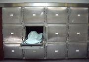 Un tanar de 28 de ani a fost declarat mort din greseala si inchis intr-un congelator mortuar. In cele din urma, el a decedat