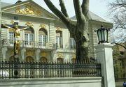 """Povestea """"palatului"""" lui Gigi Becali! Vila este copia Muzeului Rodin din Paris si valoreaza in jur de 10 milioane de euro! Este unul dintre simbolurile principale ale Bucurestiului de altadata!"""