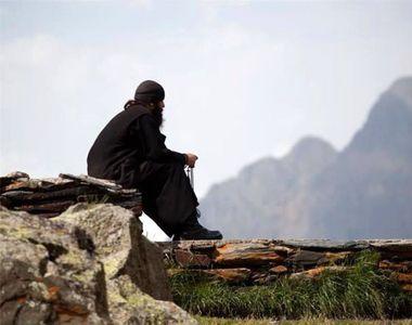 Fostul fotbalistul Eduard Bandi este calugar la Muntele Athos! Si-a luat numele de...