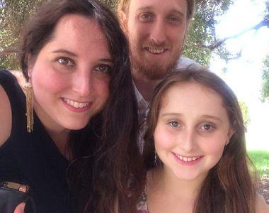 O fetita de zece ani a pus bani deoparte ca sa indeplineasca dorinta parintilor ei....