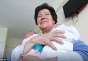 Statul i-a luat gemenii mamei de 64 de ani, la doar 2 luni de cand i-a adus pe lume