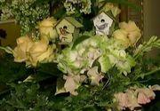 Florarii romani au inceput sa invete de la olandezi taina buchetelor superbe de flori. Cat costa un aranjament