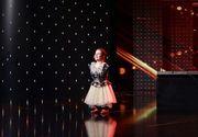 Cum se antreneaza Lorelai Mosnegutu, fetita fara maini, pentru a ajunge in finala concursului de talente. Toti cei care au vazut-o, au aplaudat-o la scena deschisa
