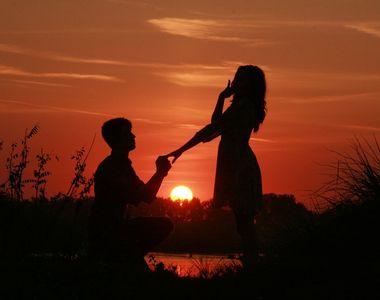 Barbatul care a cerut-o in casatorie pe iubita lui si pe sora acesteia. Povestea...