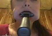 Clipe de groaza pentru o adolescenta de 14 ani! Si-a bagat un ciocan in gura si nu a mai putut sa il scoata - Motivul pentru care a facut asta