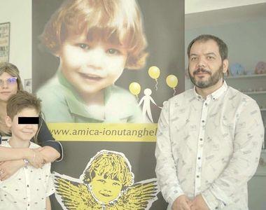 4 ani de la moartea lui Ionut Anghel! Familia baiatului ucis de caini a lansat un volum...