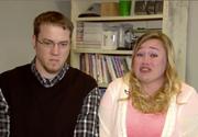 Au facut glume pe seama copiiilor lor, pe YouTube, iar acum s-au ales amandoi cu o condamnare! Ce le faceau acesti doi parinti pruncilor