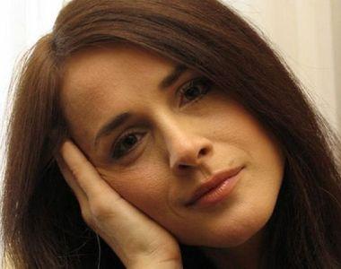 Detalii infioratoare despre Madalina Manole! Cantareata, marcata de batai, scandaluri...