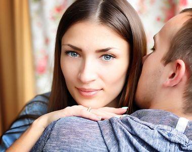 Simti ca relatia ta se incheie? Cum sa reaprinzi flacara pasiunii in cuplu in functie...