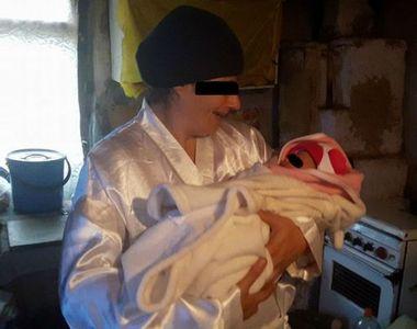 Drama sfasietoare a unei mame cu epilepsie si probleme psihice din Prahova. Femeia isi...