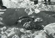 Zece schiori au fost gasiti morti intr-o padure. O femeie nu mai avea limba, iar zapada din jurul lor era neatinsa. Detalii ale unui caz infiorator