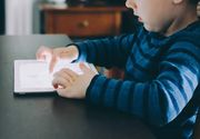 """""""Mi-am nenorocit copilul cu tableta"""" - Strigatul disperat al unei mame care si-a lasat copilul prea mult in spatiul virtual - Ce se intampla acum cu cel mic - E devastator"""
