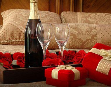 Cadouri Valentine's Day pentru el. Cum sa iti surprinzi iubitul de Ziua...