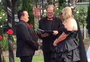 Nunta care a socat intreaga planeta! Mirele a ajuns la propria nunta in cosciug, iar mireasa il astepta imbracata in negru