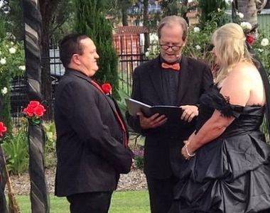 Nunta care a socat intreaga planeta! Mirele a ajuns la propria nunta in cosciug, iar...