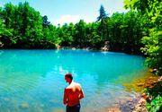 Lacul Albastru din Romania, unic in Europa. Povestea apei colorate care a uimit intreaga lume