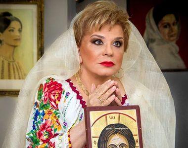 Ionela Prodan l-a sfidat pe Adrian Paunescu si a refuzat sa cante, la Cenaclul Flacara,...