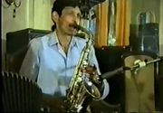 """El este saxofonistul care a murit la 37 de ani, dar a apucat sa inregistreze 13 discuri la Electrecord! Banateanul Nicu Anghel, supranumit """"Ministeru"""", are statuie in localitatea natala"""