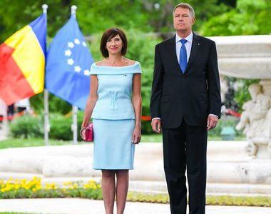 Presedintele Klaus Iohannis implineste astazi 59 de ani! Cum isi sarbatoreste seful...
