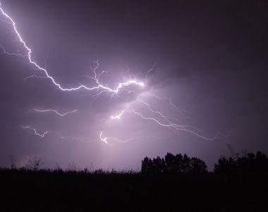 Stiati ca fulgerele ne pot imbolnavi? Departe de spectacolul pe cer pe care ni-l ofera,...