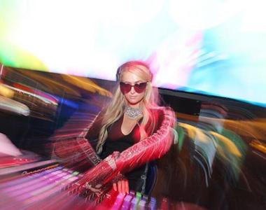 Paris Hilton a incins atomosfera intr-un club din Bucuresti! Vedeta si-a facut aparitia...