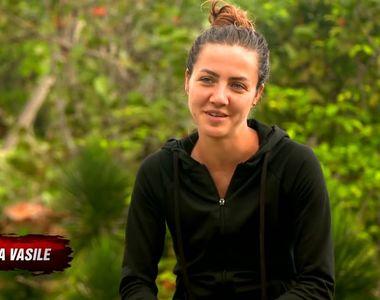 Imagini HOT cu Larisa de la Exatlon la piscina! Fata cuminte din Dominicana s-a facut...