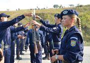 Sute de liceeni si-au luat inima-n dinti si au depus dosarele de admitere la Academia de Politie. Astazi a fost prima zi de inscrieri!