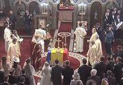"""Arhiepiscopul Calinic, discurs cu referire la referendum in timpul nuntii regale: """"Daca Pamantul ar fi plin de barbati ar fi plictisitor"""""""