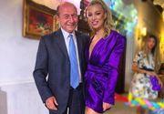 Imagini de senzatie de la botezul nepoatei lui Traian Basescu. Uite cum a aratat tortul si cum a dansat fostul sef al statului cu fiica lui, Elena.