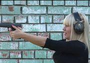 Aventurile incredibile ale Elenei Udrea la Revoluţia din 1989!  Deşi avea doar 15 ani, blonda spera să prindă securişti!