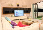"""Cum arată casa fetelor de la """"Puterea Dragostei""""? Luni, la ora 10:00, premiera show-ului matrimonial, prezentat de Andreea Mantea"""