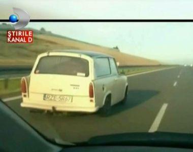 Nu-ti va veni sa crezi. Un trabant a fost surprins pe autostrada gonind cu 200 de...