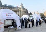 Aglomeratie in Piata Universitatii la evenimentul organizat de Bursa de Valori Bucuresti. Zeci de oameni au venit pentru a afla daca au actiuni de care nu stiau