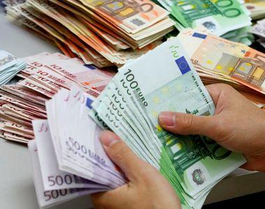 Raiffeisen Bank, CEC Bank si BCR isi platesc cel mai bine sefii! Cati bani au obtinut...