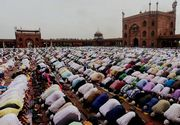 Islamul, religia cu cea mai rapida raspandire. In urmatorii 50 de ani, musulmanii ar putea depasi numarul crestinilor