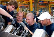 Americanii lucreaza cu aproape 25% mai mult decat europenii, au mai putine zile de concediu si se pensioneaza mai tarziu, arata un nou studiu