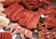 """""""Cat va costa"""" carnea de porc pentru Craciunul de anul acesta. Cat difera pretul intre supermarketuri si cat trebuie sa scoateti din buzunare pentru un porc viu?"""