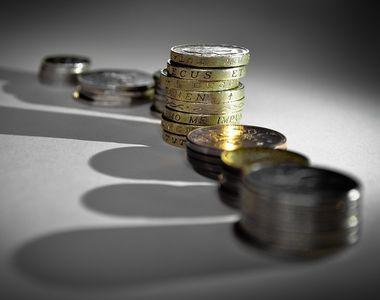 Ministerul Muncii: Cresterea salariului minim are efecte reduse asupra saraciei si...