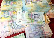 Se pregatesc prime de Craciun pentru mii de angajati din Romania - Cine sunt cei care vor incasa sute de lei luna aceasta?