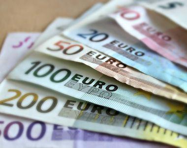 Guvernul este nevoit sa se imprumute cu 8 miliarde de euro pentru a acoperi deficitul...