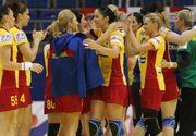 Echipa feminina de handbal a Romaniei, medaliata cu argint la Campionatul Mondial Universitar