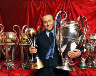 Silvio Berlusconi şi-a dat acordul pentru vânzarea clubului AC Milan către o societate...