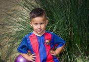 """Un copil de 3 anisori este """"vanat"""" de una dintre cele mai cunoscute echipe de fotbal din lume! Un videoclip postat de mama lui pe internet l-a facut celebru"""
