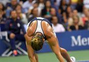 """Simona Halep, obligata sa abandoneze meciul, dupa ce a fost lovita cu mingea in ureche:""""Mingea avea cam 150 de kilometri pe ora"""""""