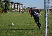 Cam la nivelul asta a ajuns fotbalul romanesc. Un club de fotbal are legitimat un portar care nu are o mana