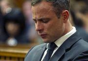 Oscar Pistorius, dus de urgenta la spital. Atletul paralimpic, aflat in inchisoare, s-a plans de dureri in piept